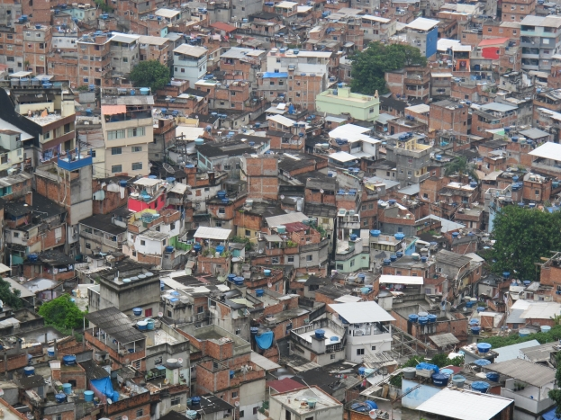 One day in a Brazilian shanty town